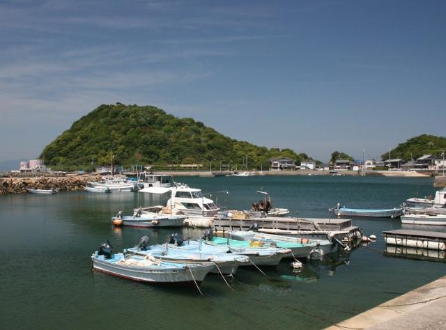 IMG_3510 漁港(640x474)