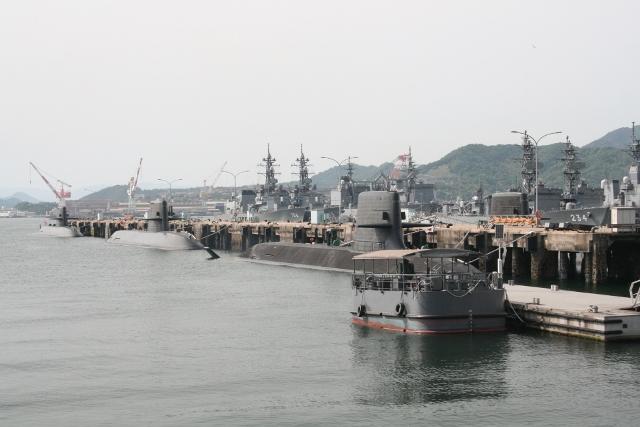 IMG_4036 潜水艦基地(640x427)