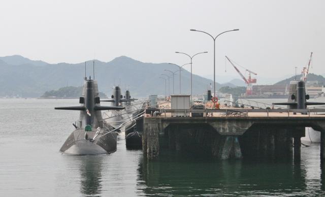 IMG_4047 潜水艦隊(640x389)