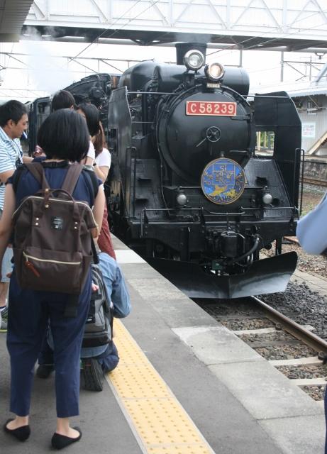 IMG_5007 機関車(461x640)