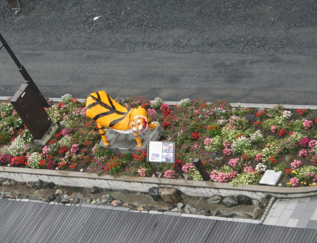 IMG_5212 虎舞の像(640x492)