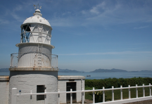 IMG_5554 釣島灯台(640x439)
