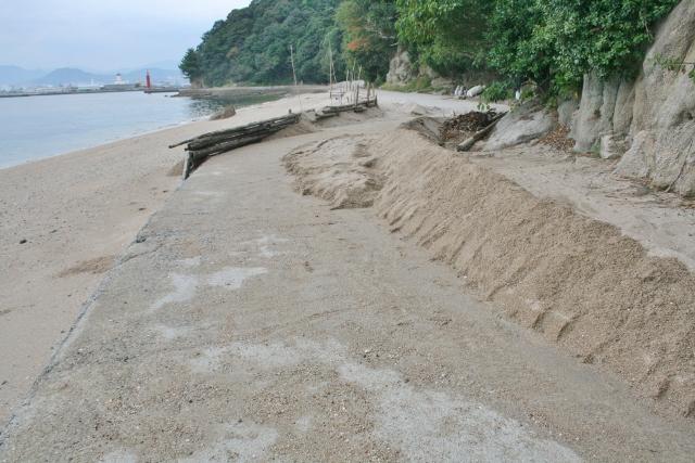 IMG_5773 砂がうちあげられている(640x427)
