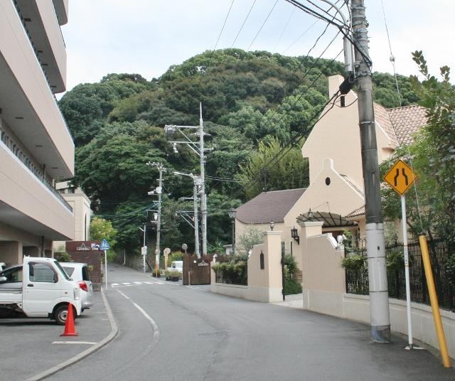 IMG_5779 上り坂入口(640x536)