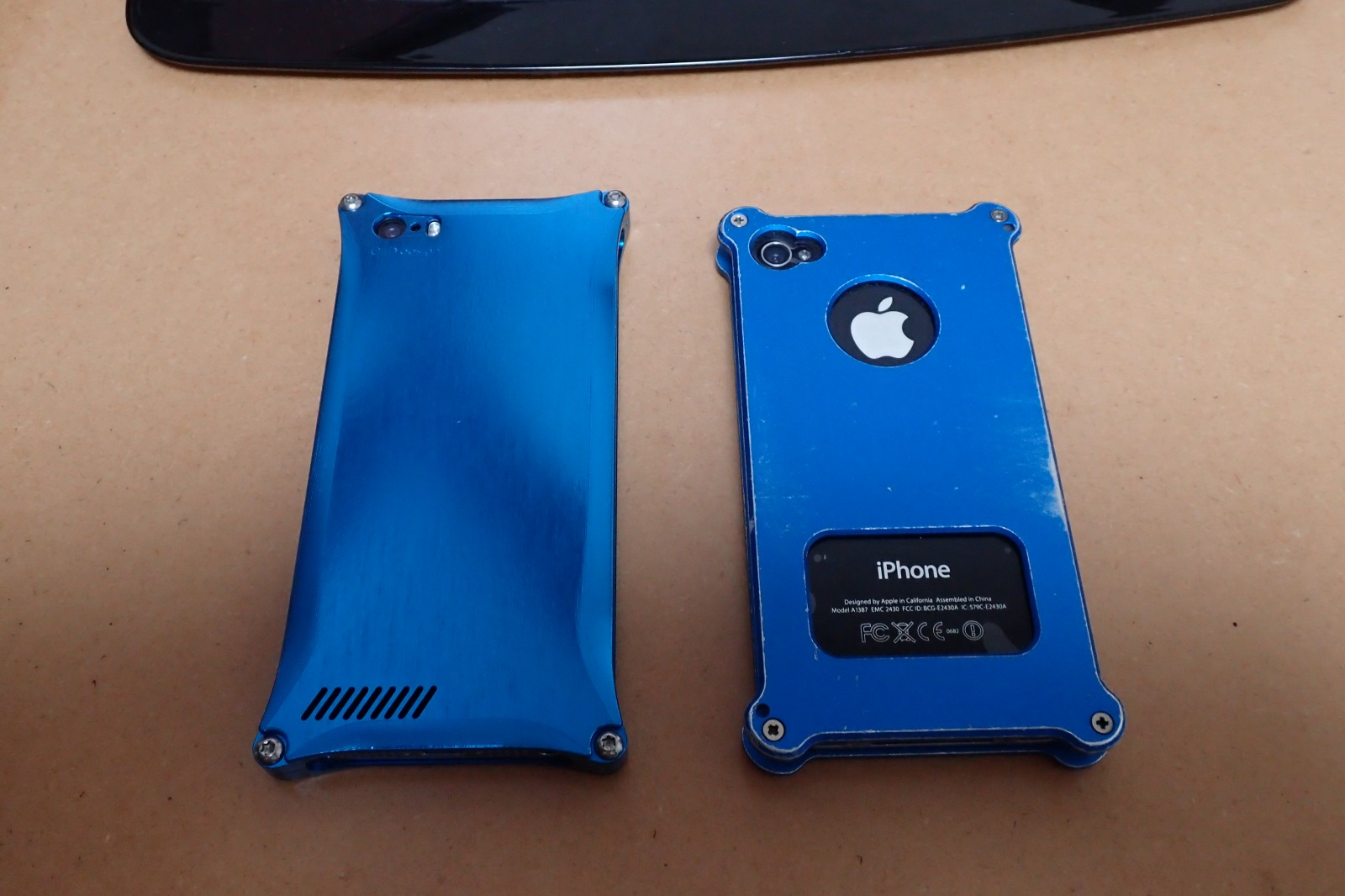 iphonese02.jpg