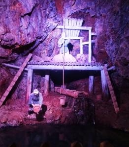 坑道内の展示物