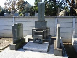 松平家先祖代々の墓