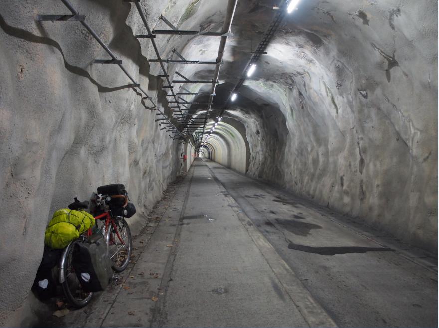 20161127 自転車旅トンネル