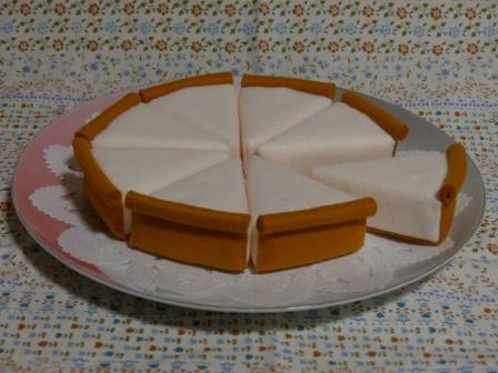 フェルト手芸 レアチーズケーキ 4