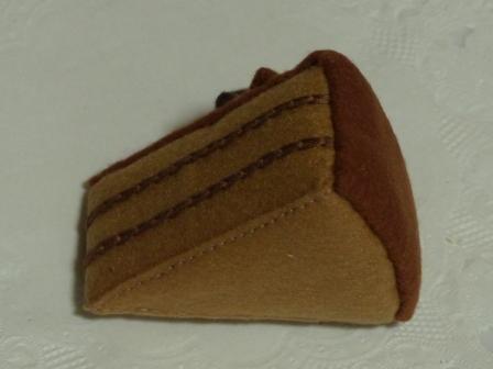 フェルト手芸 チョコレートケーキ 3