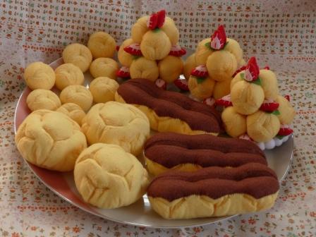 フェルト手芸 バラエティケーキ シュークリーム、エクレア、プチシュー、シューツリー