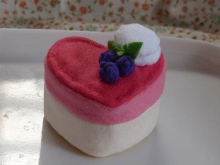フェルト手芸 ケーキ トゥ・ハート 1
