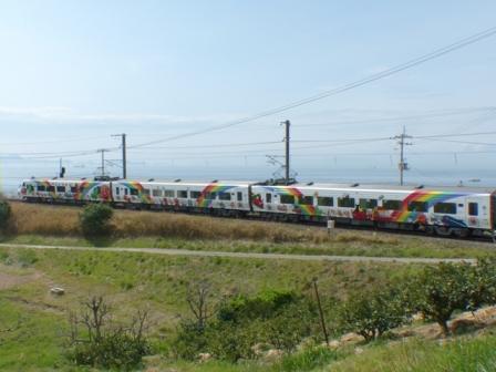8000系特急形電車・アンパンマン列車 1