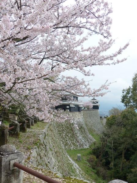 松山城 屏風折の石垣、馬具櫓、太鼓櫓