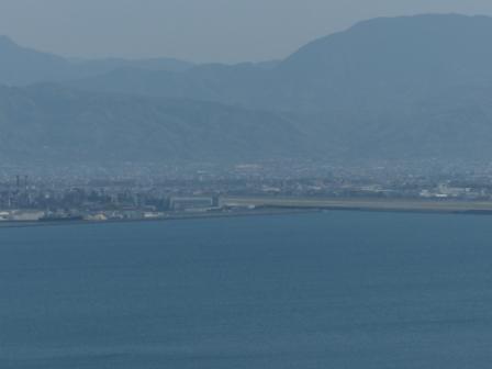 興居島から見た風景 松山空港