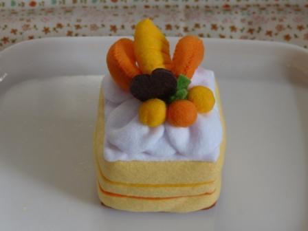 フェルト手芸 ケーキ シースクリーム 1