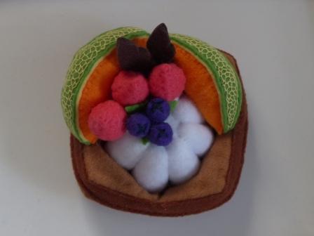 フェルト手芸 バラエティケーキ カプチーナ 2