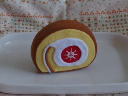 フェルト手芸 バラエティケーキ ロールケーキ 3