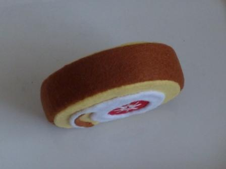 フェルト手芸 バラエティケーキ ロールケーキ 4