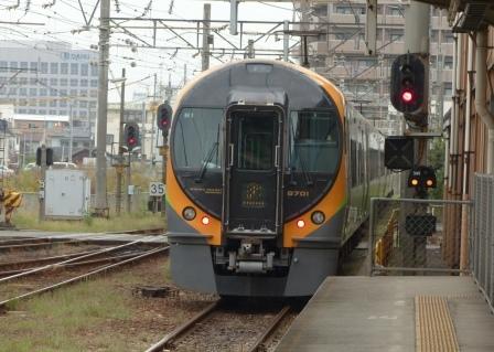 JR四国 8600系電車 3
