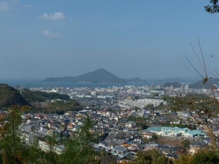 松山総合公園からの眺め 興居島 2