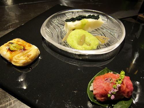 前菜3品(長芋羹・焼き胡麻豆腐・和牛寿司)