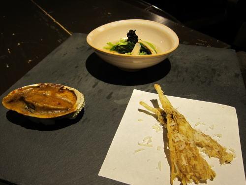 前菜3種(根三つ葉天ぷら・鮑グラタン・松茸三つ葉キャビアお浸し)