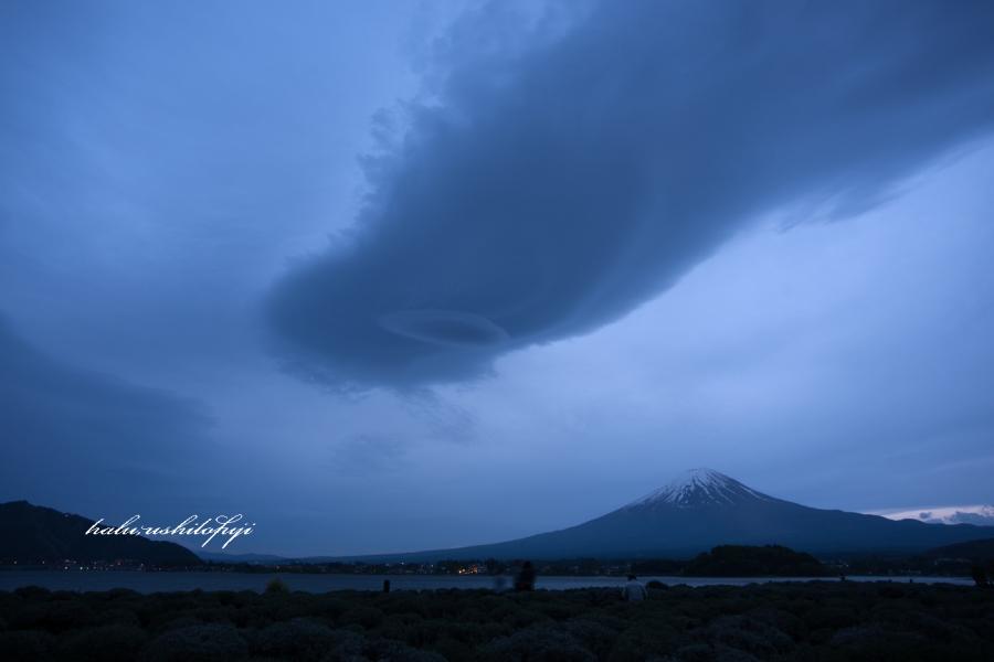 河口湖 つるし雲3Ns