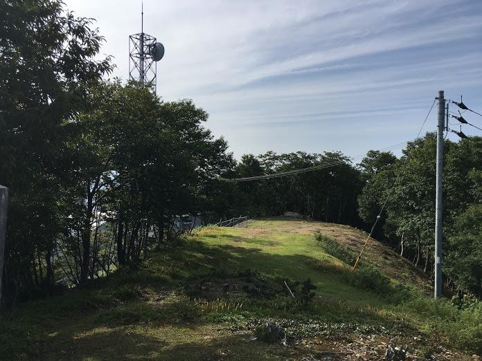 長老ヶ岳/山頂脇広場