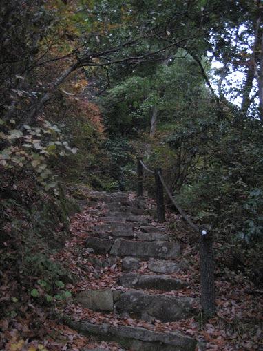 羽束山/石段