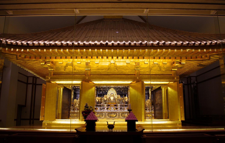 中尊寺金色堂1
