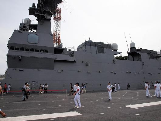いずも飛行甲板艦10-20160611
