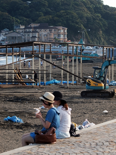 海の家も解体中20160909