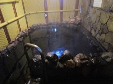 テルの湯室外