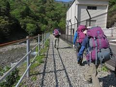 01大杉谷登山口を出発-s
