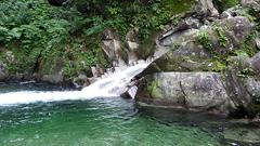 02釜の深い滝