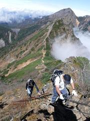 08梯子20mを登る