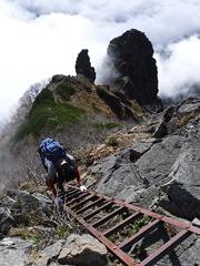 06梯子と天狗岩