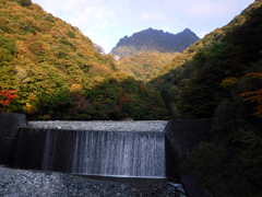 01つり橋から鶏冠山