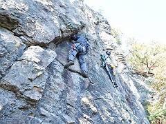02マラ岩にて岩トレ-s