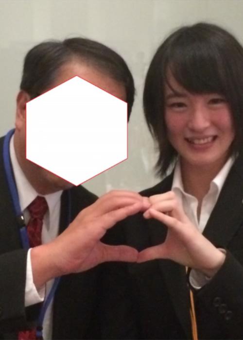【画像】JRAジョッキー藤田菜七子さん、キモオタに絡まれる
