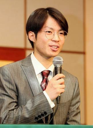 [2013.12.30デイリースポーツ町田樹、広島で壮行会]