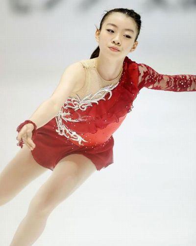 2016.10.9 日刊スポーツ 紀平SP3位 調子よければ3A-3Tも」(中)