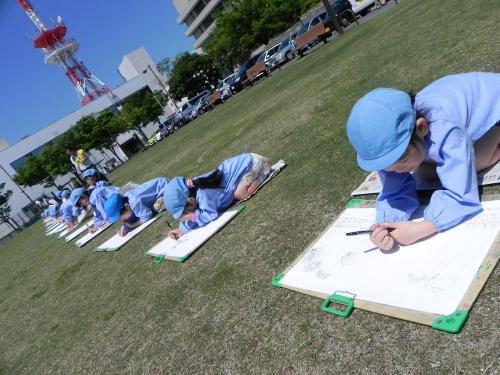 丸亀城を描く い kids art i!
