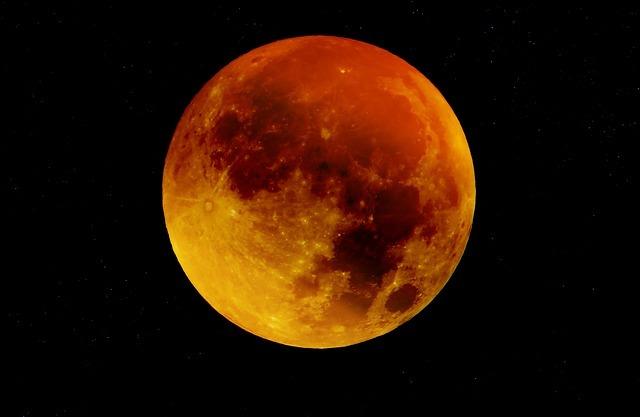 moon-963926_640.jpg
