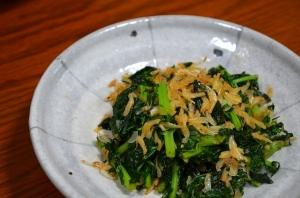 2016/11/07/大根葉と干しアミの炒め物