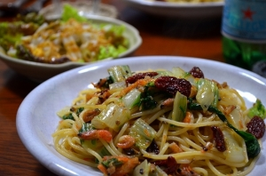 2016/11/11/シロ菜と干し海老のスパゲッティ