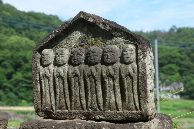 清泰寺の六地蔵