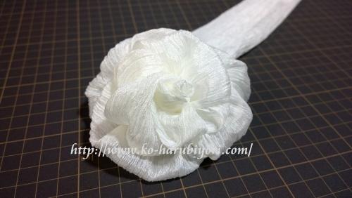 20160813楊柳タイプの腰紐で作る薔薇(ホワイトローズ)の写真