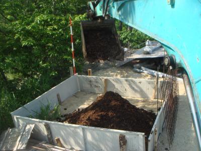 牛糞たい肥の完成